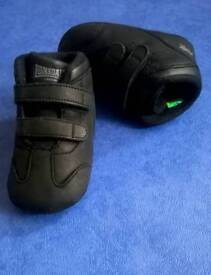 New Lonsdale baby shoes 6-12 months