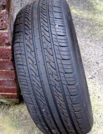 Three-A 306 Car Tyre 205 65 15 Rim
