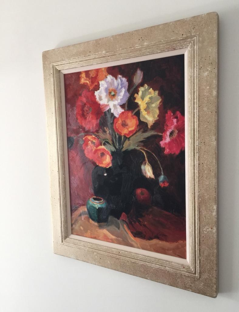 Beautiful painting of flowers and vase. Very good quality frame ...
