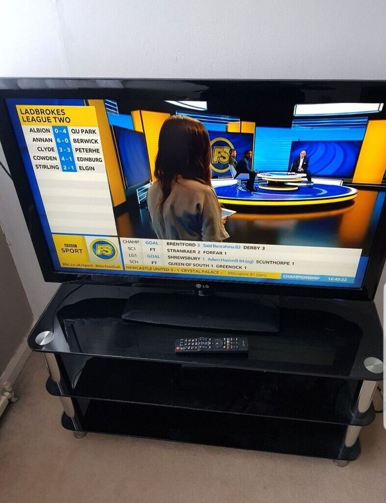 LG 42inch Full HD Freeview TV, Delivery | in Maidstone, Kent | Gumtree