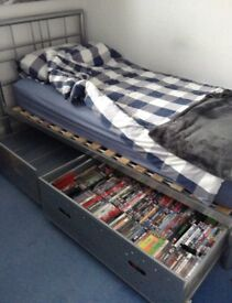 SINGLE METAL BED WITH PULLOUT UNDER BED STORAGE METAL CAGES, IDEAL FOR DVD , CD, COMPUTER GAMES.