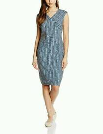 Almost famous Sleevless navy dress