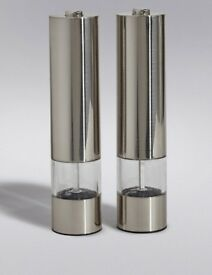 New Pack Electric Salt and Pepper Mill and Food Warmer