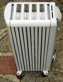 Delonghi Dragon Electric 1200w Oil filled radiator with thermostat