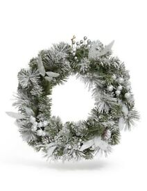 "M&S Christmas Wreath 18"" Snowy Foliage Pinecone Snowflakes Winter Decoration"