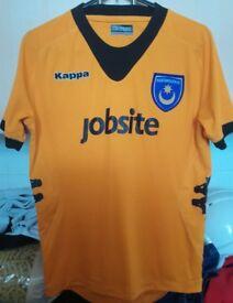 Kids Portsmouth f c shirt orange mint condition size 12. 152cm