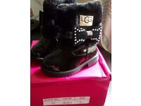 Toddler size 3 ugg boots