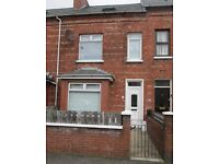 TO LET - EXCELLENT FAMILY HOME - 71 Lower Windsor Avenue, Belfast