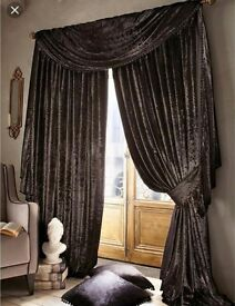 Laurence llewelyn bowen curtains & matching scarf