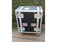 20U professional touring rack flightcase on wheels WHY BUY NEW SAVE OVER £100!