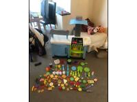 Can deliver electronic lights sounds kitchen with toy play food