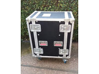 16U Professional Touring Rack Mounting Flight Case on Wheels. Save £££s On New!