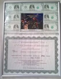 Autographed Signed Photo 2Pac Tupac Shakur with frame and certificate of authenticity