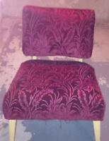 ANTIQUE RED SIDE CHAIR