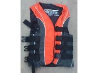 Buoyancy Aid - Youth size, ideal for waterskiing, wakeboarding or sailing