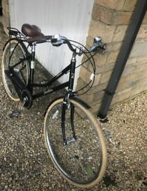 Beautiful ladies hybrid Pendleton bike
