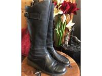 Fly London Boots Mol size UK 8 Eur 41