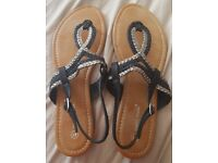 Brand new in box sandals size 8