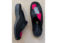 Ladies ROHDE slippers size 40, UK 6 1/2
