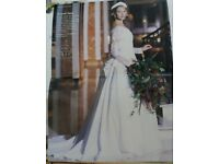 1996 British Finalist Bridal Awards, Amanda Wyatt's stunning slim, size 12, ivory wedding dress