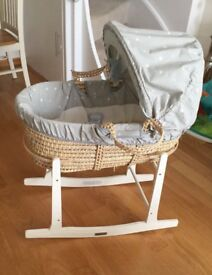 Mamas and papas Moses basket, in great condition