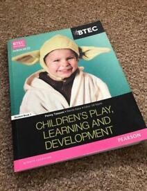 Children's Play, Learning and Development Workbook