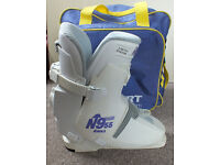 Nordica 955 womens ski boots size 23.5 / UK Size 5 - Used
