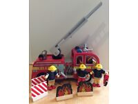 Le Toy Van Wooden Fire Engine with 3 Figures