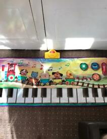 Children's floor piano
