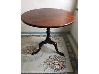 Georgian Tilt top table - antique