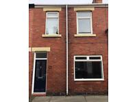 Lovely 3 bed house with enclosed yard! Low bond and fees! £450 PCM