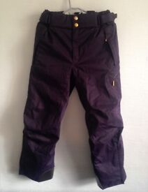 NEW Womens DESCENTE highquality ski / snowboard trousers, purple salopettes, Medium, RRP £300!