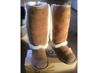 Genuine ugg boots size 1 CAN ALSO POST