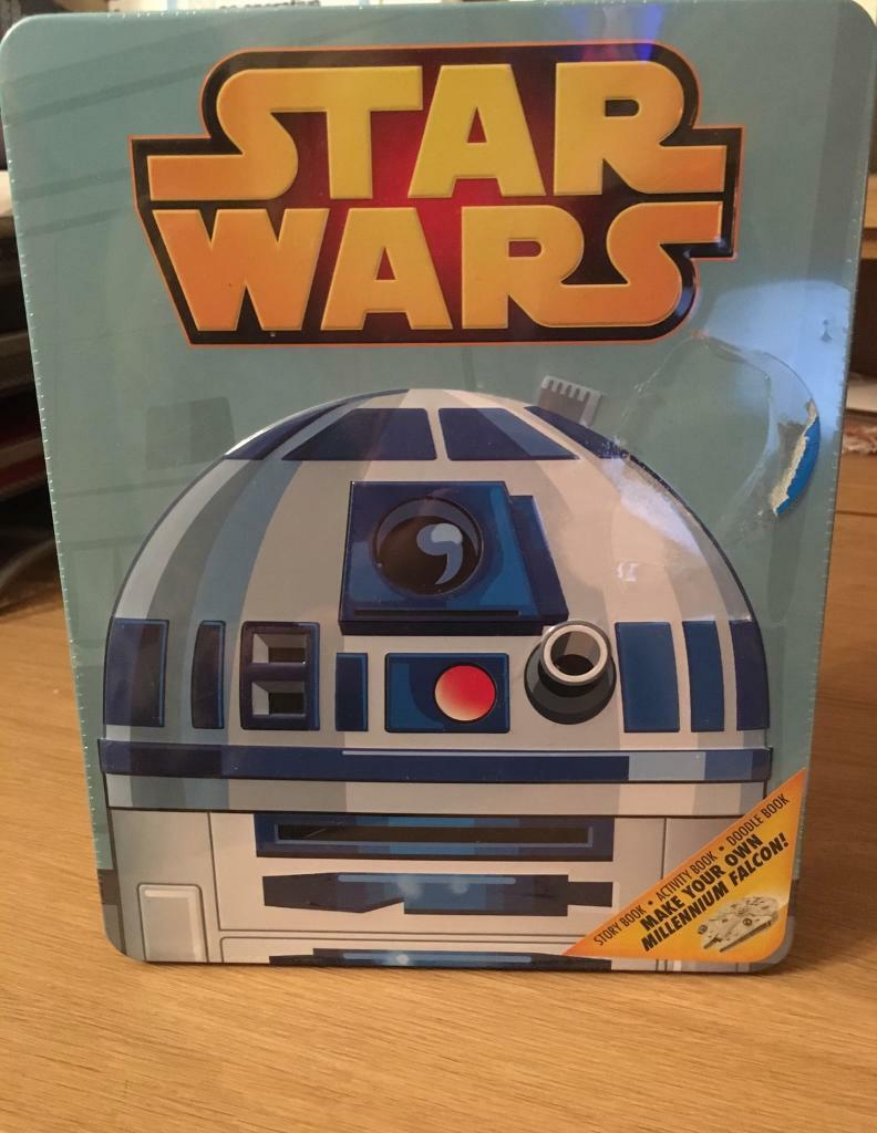 Star Wars tin with books and more