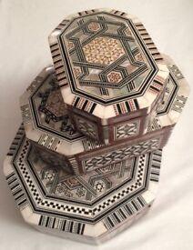GENUINE AFRICA MOROCCAN WOOD -HANDCRAFT DESIGN JEWELLERY BOX, NACRE , GIFTS SET