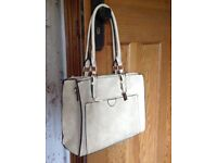 Ladies brand new handbag Le Credi brand