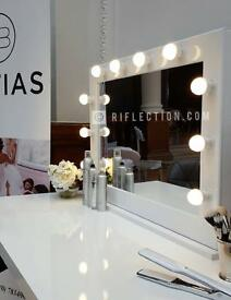 Hollywood vanity mirrors