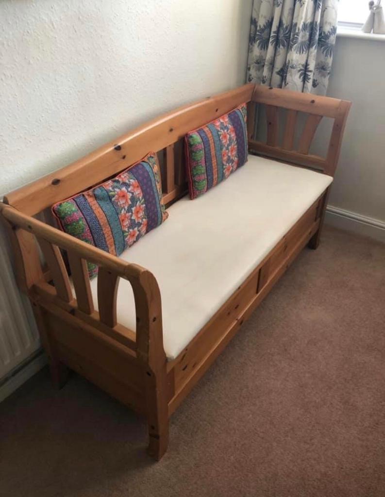 Large Wooden Storage Bench In Northampton Northamptonshire Gumtree