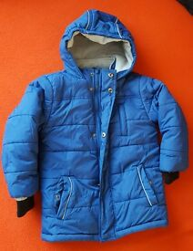 Blue hooded coat age 4-5 years - very warm