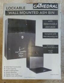 Wall-mounted, lockable ashbin