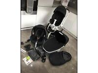 Quinny Moodd Pram Travel System with extras VGC