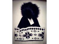 Ladies bobble hat Beanie hat Slouch hat (NEW)