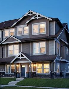3 Bdr townhouse $1450 Double Garage Airdrie Avail April 1st!