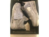 AIR JORDAN 4 RETRO Grey KAWS UK 7/ EU41