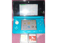 Nintendo 3DS Aqua Green Console With Case & 2 DS Games