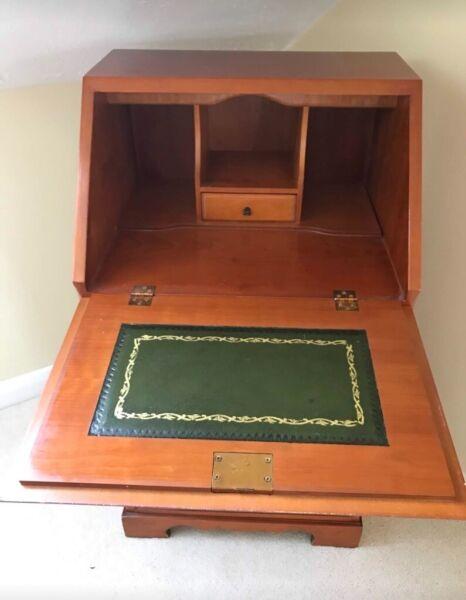 Bureau Writing Desk Beautiful Antique Mahogany Office  for sale  Attleborough, Norfolk
