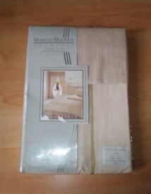 Single bedding set from Marcus Morris, quality item