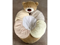 Mothercare - Loved So Much - Sit Me Up - Cosy / Snug / Seat - Cost £39.99 - Excellent Condition