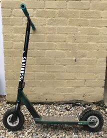 A crisp dirt scooter that's like brand new
