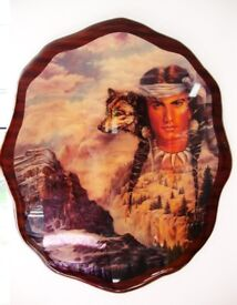 NATIVE AMERICAN OVAL WOODEN GLOSS PLAQUE